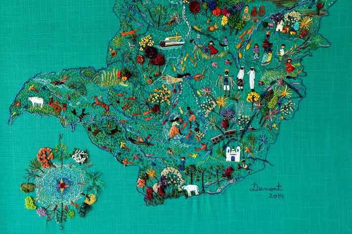 Painel bordado do mapa de Minas Gerais: água, cultura e ecologia