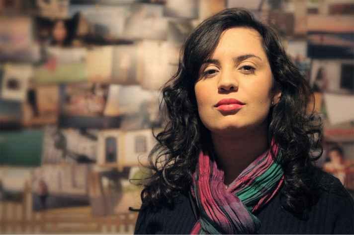 Luiza Simonini, que irá fazer parte da primeira mesa do evento, é formada em Letras pela UFMG