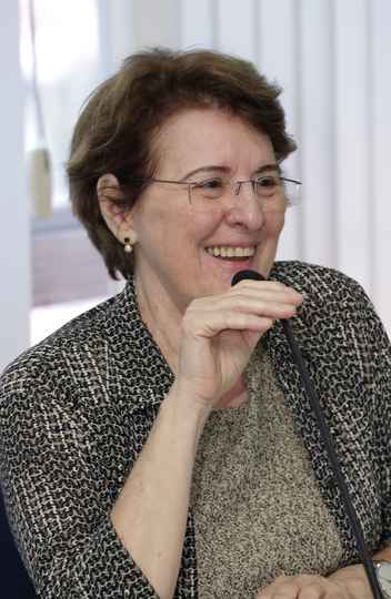 Adelina Reis, da SBPC defendeu o aumento de recursos