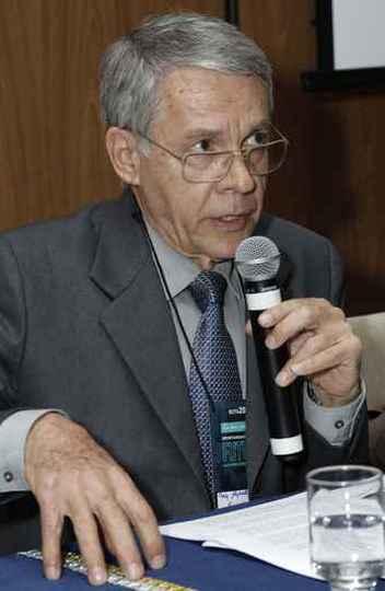 Alfredo Gontijo