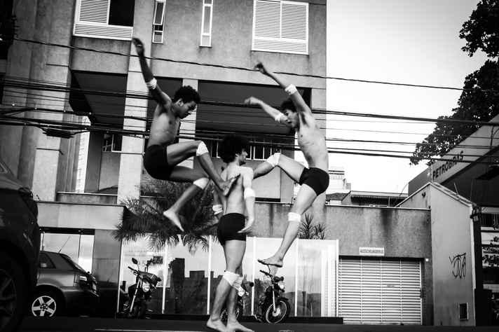 Grupo Vertente Corpo-es'passo: corpo e cidade