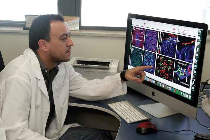 Gustavo Menezes no Centro de Biologia Gastrointestinal da UFMG