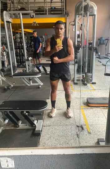 O jogador de futebol Marcelo Nascimento defende que é preciso achar formas de encaixar atletas trans no esporte profissional
