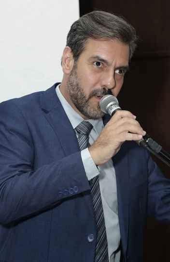 Gustavo Côrtes: missão de representar a EEFFTO