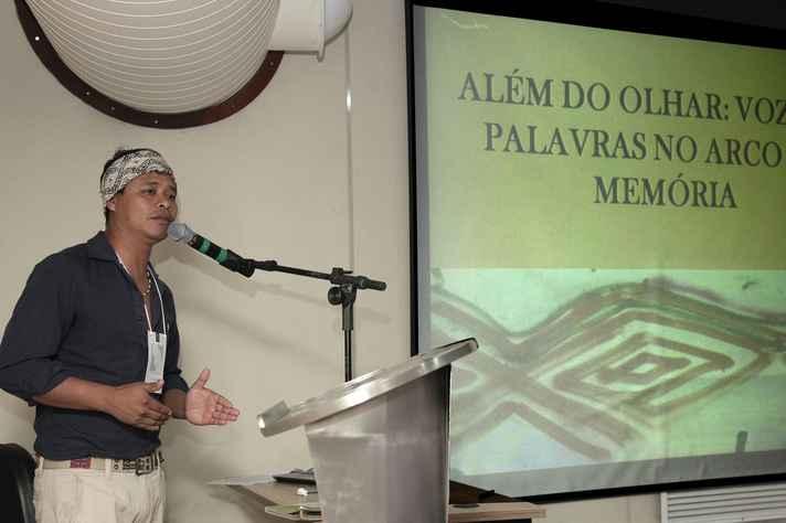 Alberto Guarani Mbyá, professor de língua guarani na Universidade Federal Fluminense (UFF)