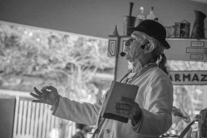 Espetáculo Cordéis do Cafundó celebra 20 anos do Grupo Parangolé no Quarterão Cultural