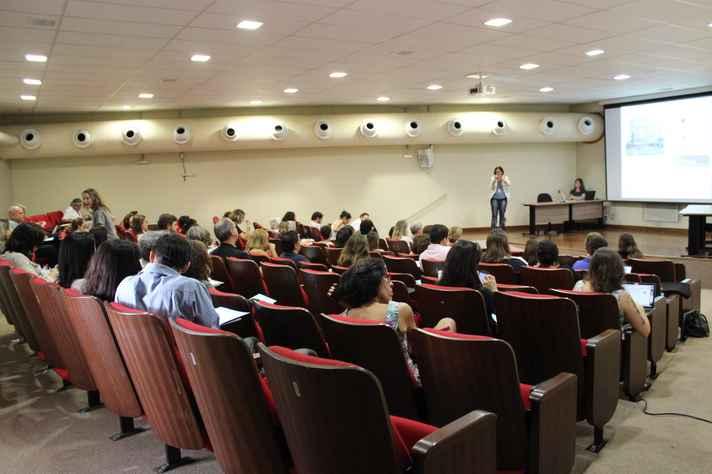 A busca de caminhos para uma formação integrada orientou as discussões