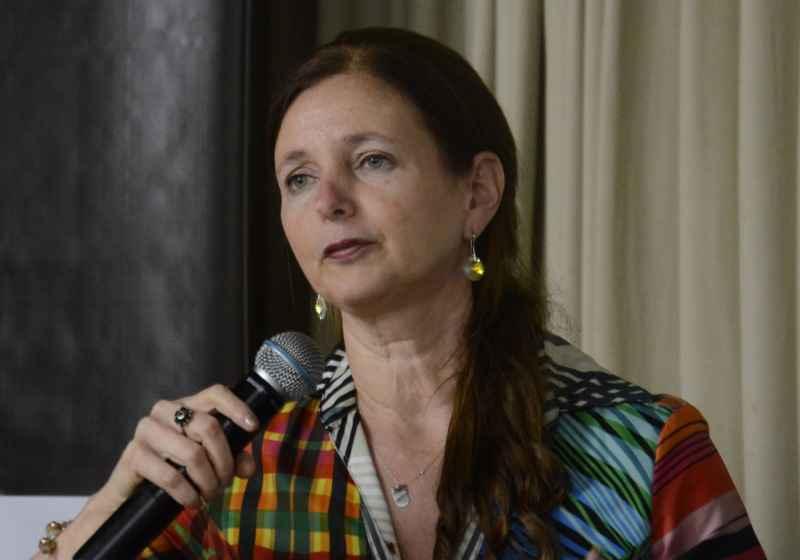 Débora Foguel, da UFRJ, vai abrir o semestre no ICB