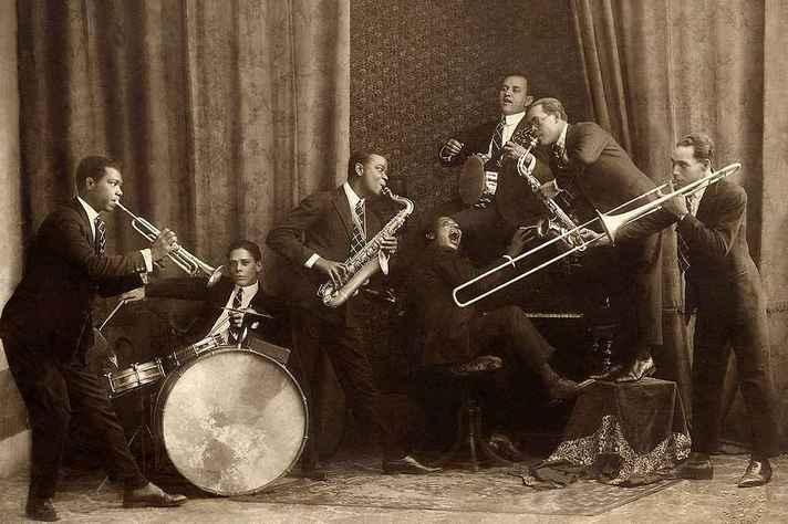 Os Oito Batutas em imagem de 1920