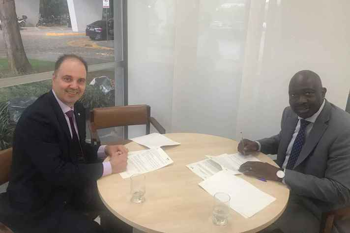 Aziz Tuffi Saliba e Philippe Makany: reciprocidade