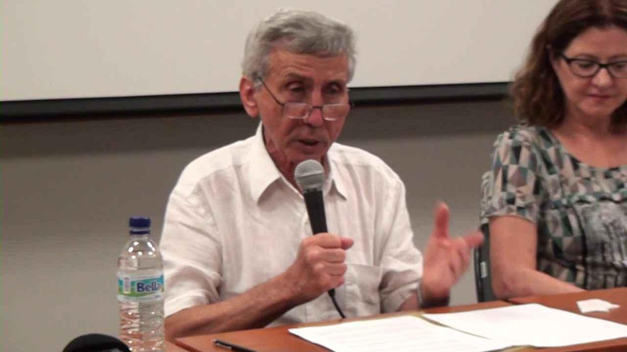 O professor Yves Schwartz participa de conferência do Programa Cátedras FUNDEP/IEAT 2016