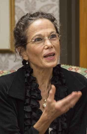 Julia Alvarez: