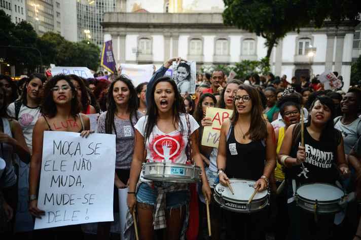 Manifestação de mulheres, no Rio de Janeiro