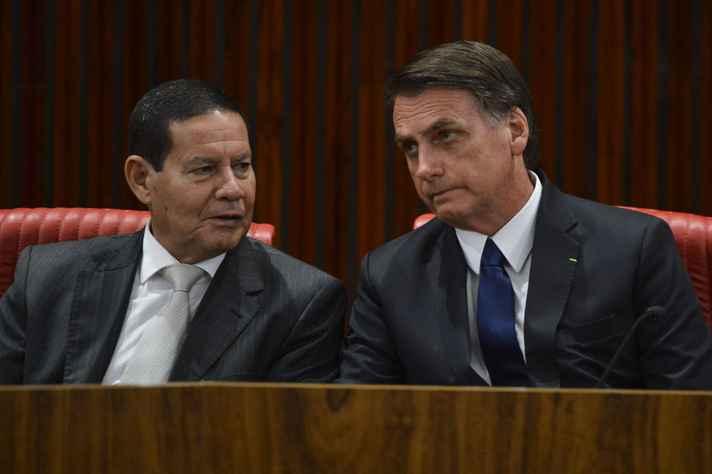 Presidente Jair Bolsonaro e o vice Hamilton Mourão