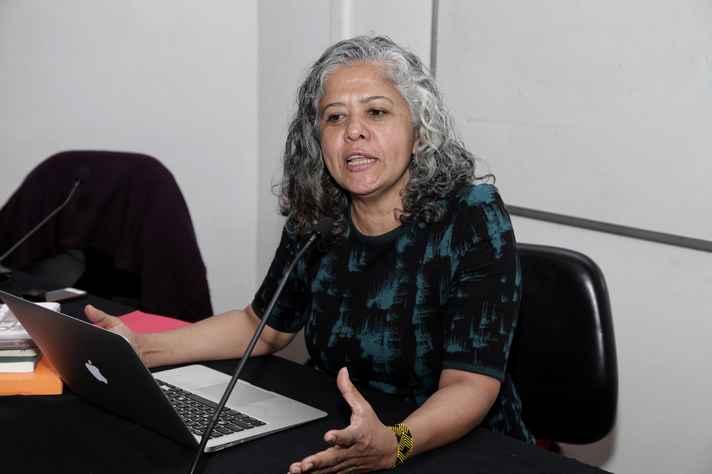 Maria Thaís Santos: arte como processo de construção de mundos