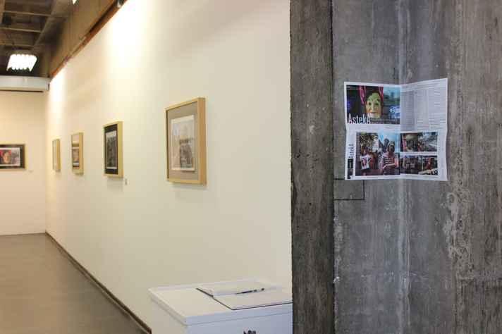 Exposição está localizada no Espaço f, segundo andar da Escola de Belas Artes