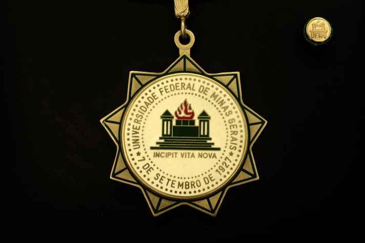 Medalha foi criada em 2000