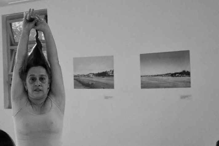 """""""Anatomia das Coisas Encalhadas"""", da artista cearense Silvia Moura, abre a programação do 4º CURTA DANÇA!"""