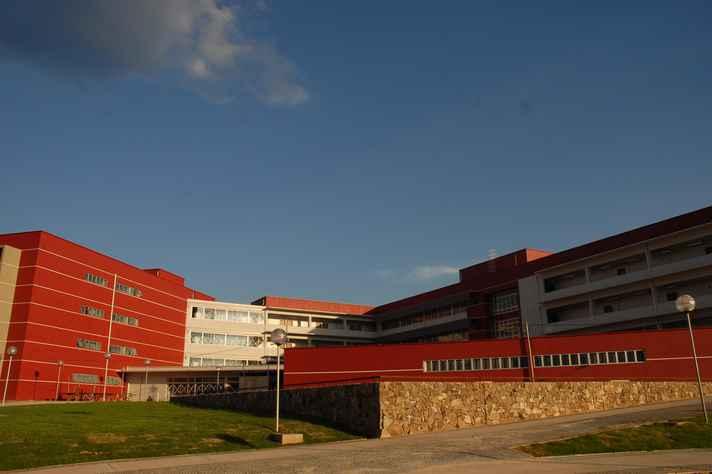 Prédio da Faculdade de Ciências Econômicas no campus Pampulhas