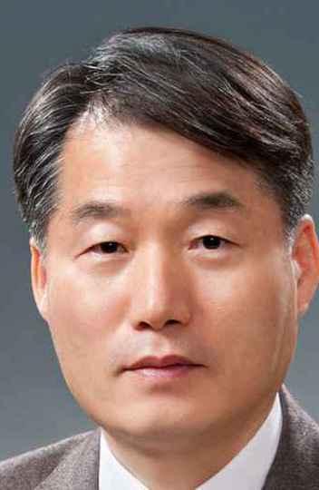 Keun Lee lançará o livro 'The art of catch up' durante o evento