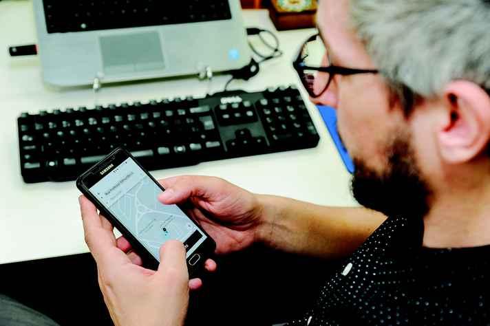 Fábio Tozi: todos os custos, incluindo o de manter celular capaz de processar vários aplicativos, são bancados pelo condutor
