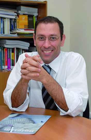 Professor Ado Jorio (ICEx)