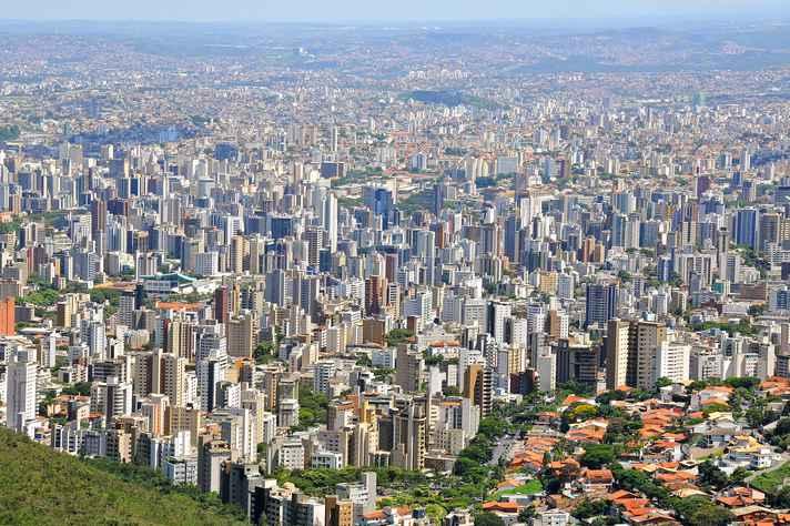 Vista área da capital mineira