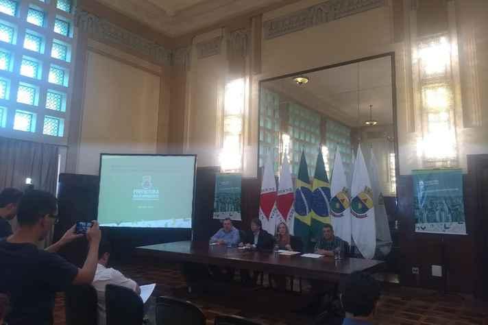 Coletiva de imprensa na prefeitura de Belo Horizonte