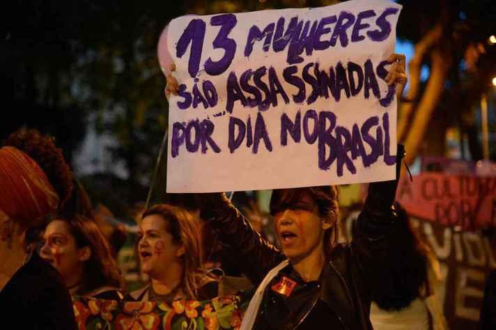 Livros investigam o feminismo estatal participativo brasileiro