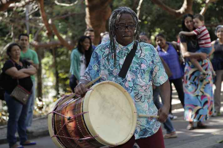 Maurício Tizumba - Aula aberta O som do tambor Mineiro