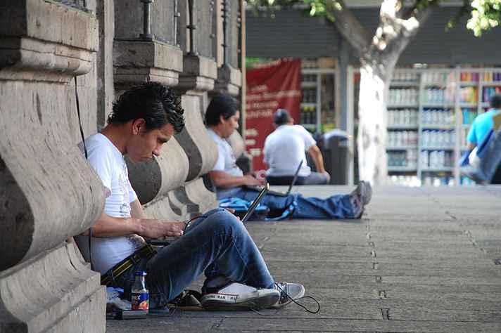 Acesso dos jovens à tecnologia é novo indicador para medir desigualdade