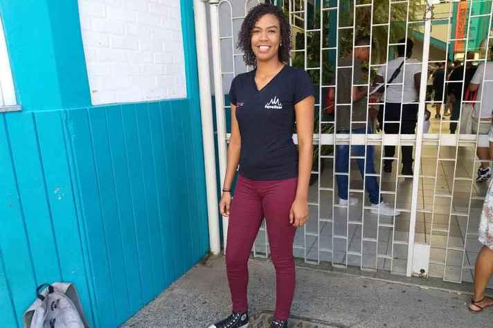 Sulia Marques Fonseca, mora no IAPI e é aluna de um cursinho popular. Sonha em ingressar no curso de Medicina.