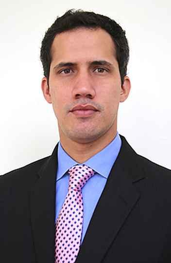 O líder da Assembleia Nacional, Juan Guaidó, se declarou presidente interino da Venezuela