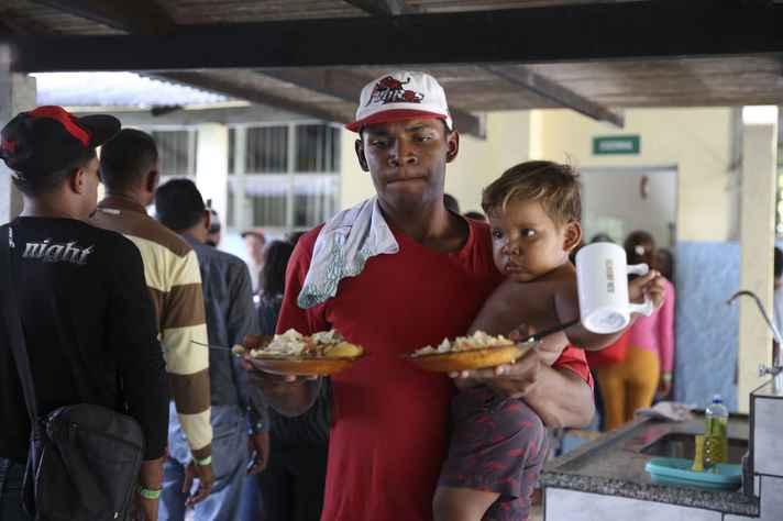 Refugiados da Venezuela chegam ao Brasil