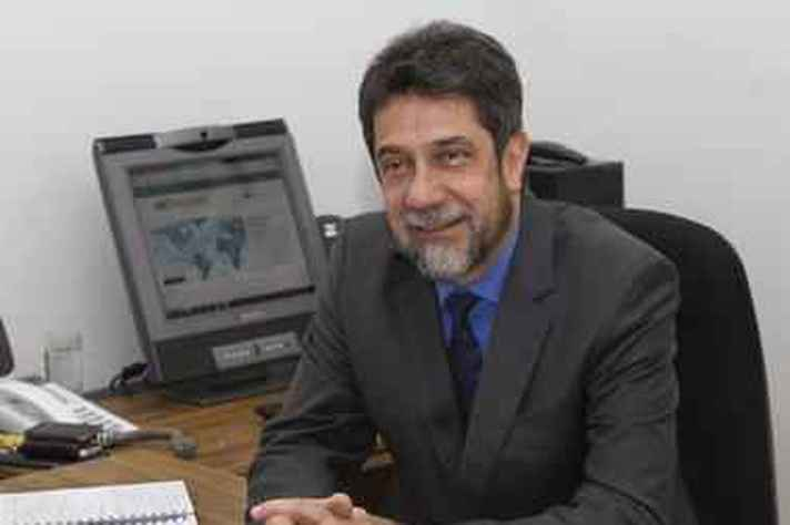 Professor emérito da UFMG, Virgílio Almeida, integrante da Comissão Global