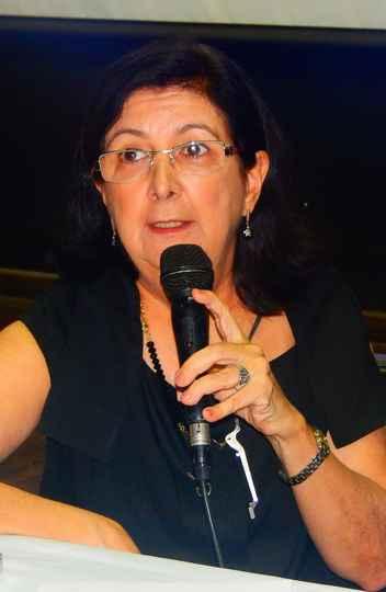 Maria do Carmo Freitas Veneroso, professora da Escola de Belas-Artes