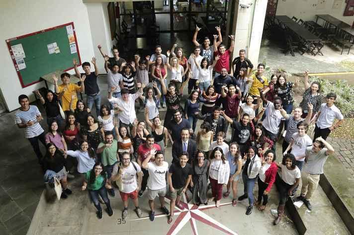 Estudantes internacionais dos cinco continentes na UFMG