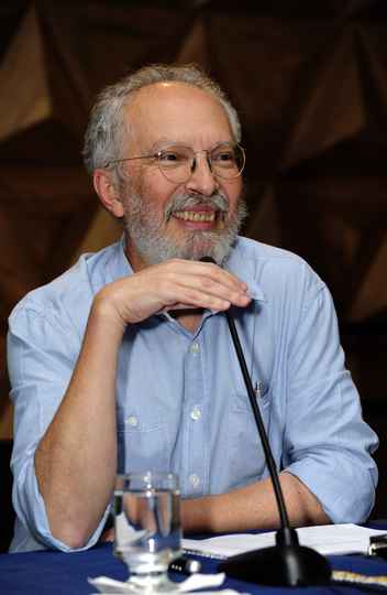 Jacyntho Brandão: perspectiva ética