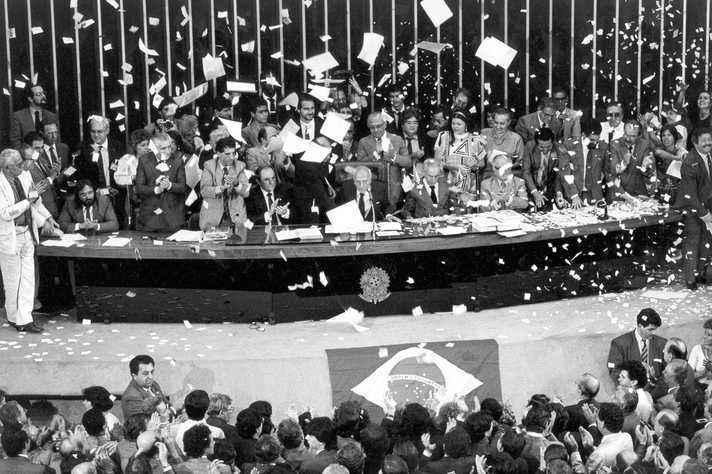 Sessão do Congresso Nacional em que foi promulgada a Constituição de 1988