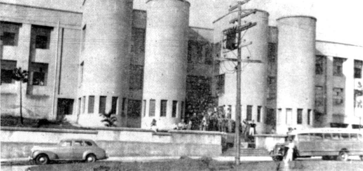 Prédio do Colégio Marconi, uma das primeiras sedes da Fafich