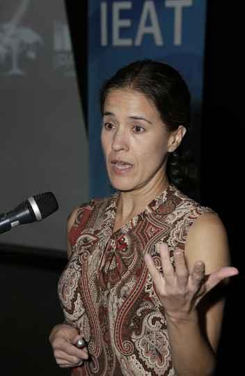 Marcia Nunes Macedo: Amazônia como bioma crucial e vital para a estabilidade climática do mundo