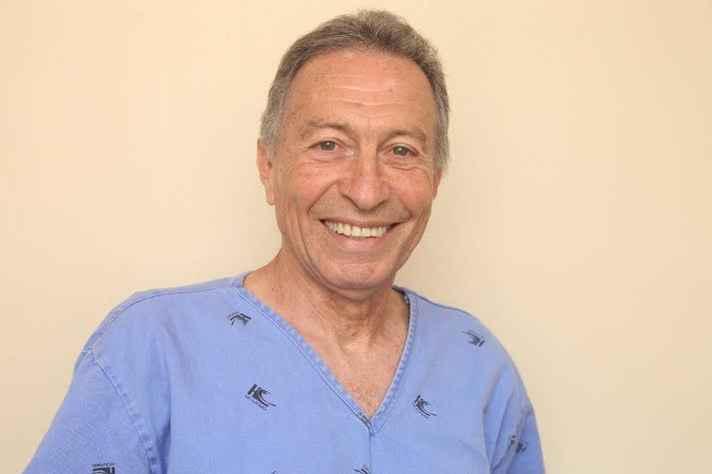 O professor José Renan da Cunha Melo dedicou, como docente, 45 anos à Faculdade.
