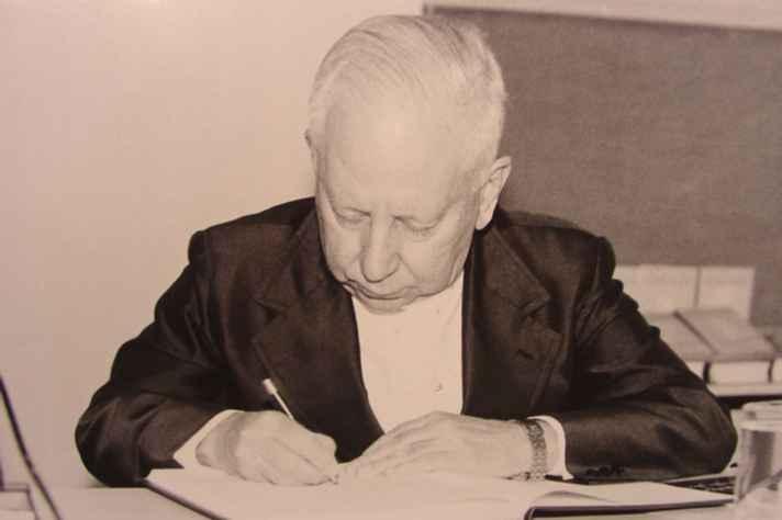 Padre Vaz: homenagem póstuma