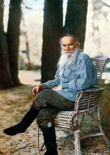 Liev Tolstói em Yasnaya Polyana, 1908, o primeiro retrato colorido na Rússia