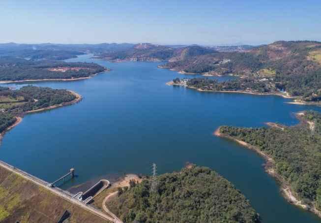 A baixa capacidade dos sistemas hídricos de contornar as reduções de vazão podem agravar as crises de abastecimento de água e energia