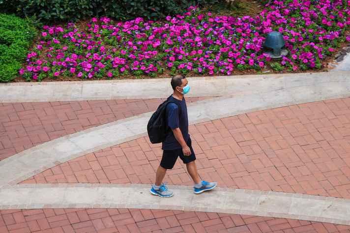 Uso de máscaras contribuiu para o controle da pandemia na China
