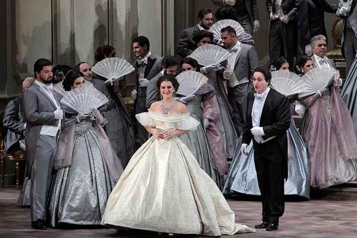 'La Traviata' estréia nova temporada no Palácio das Artes