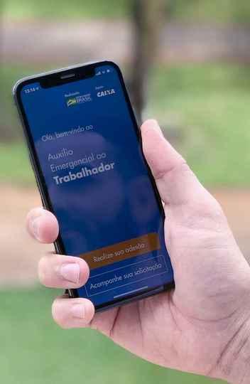 App da Caixa para pedido do auxílio emergencial