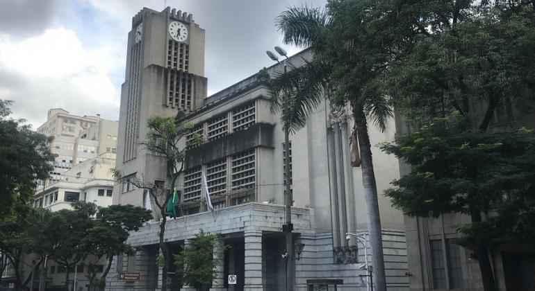 Fachada do prédio da PBH, no centro de Belo Horizonte