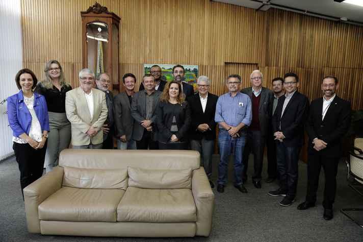 Missão cearense e equipe da UFMG
